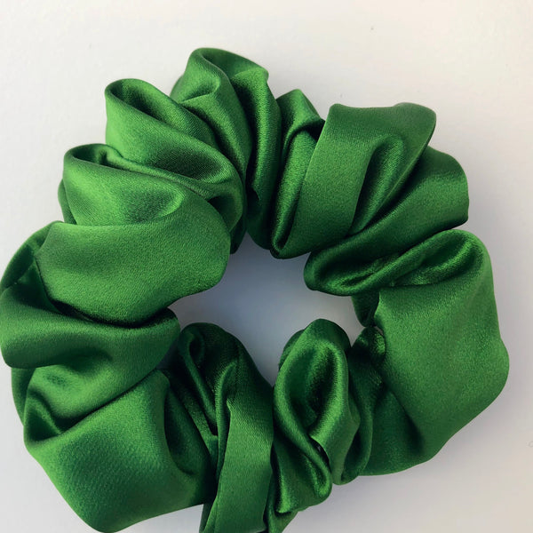 Silk Satin Scrunchie Classic - Emerald Green