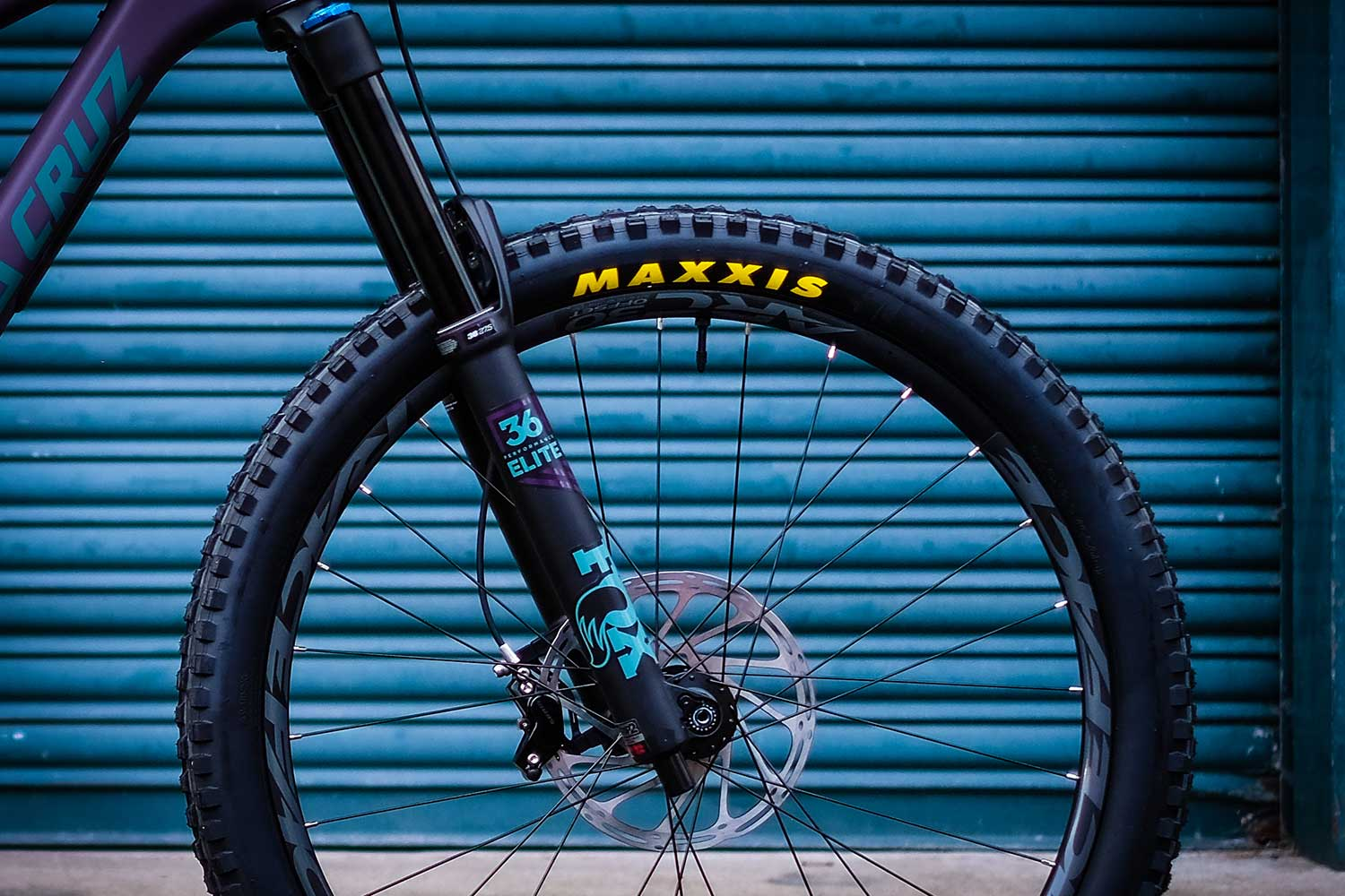 Fox 36 Fork & Maxxis Tyre