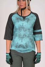 Load image into Gallery viewer, Dakine Womens Xena 3 Quarter Lagoon