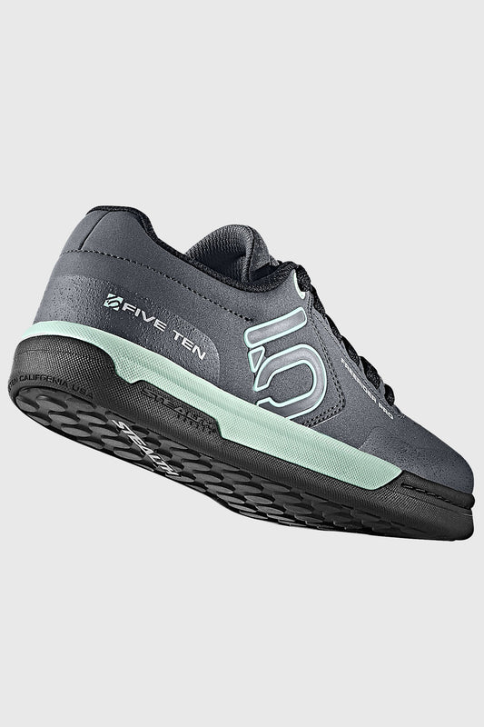 Compression-moulded stiffened EVA midsole