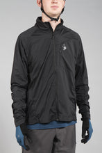 Load image into Gallery viewer, Sweet Protection Hunter Wind Jacket Black