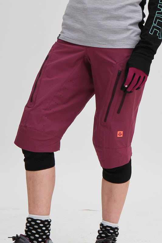 Sweet Protection Womens Hunter Shorts Violet