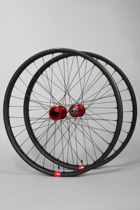 "Reserve DH x Chris King 29"" Wheelset"
