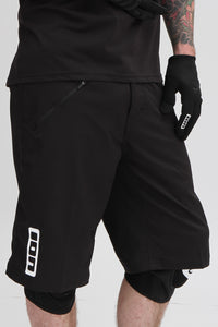 ion-traze--shorts---black