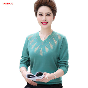 2019 New Middle-aged Women's Winter Sweaters Pullovers Plus Size 4XL V-neck Bottoming Sexy Wool Sweater Mother Dress Tops W1494