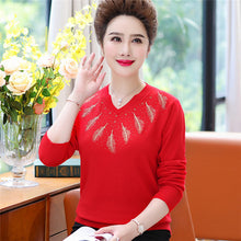 Load image into Gallery viewer, 2019 New Middle-aged Women's Winter Sweaters Pullovers Plus Size 4XL V-neck Bottoming Sexy Wool Sweater Mother Dress Tops W1494