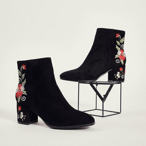 Suede Embroidery Flower Pattern Ankle Boots