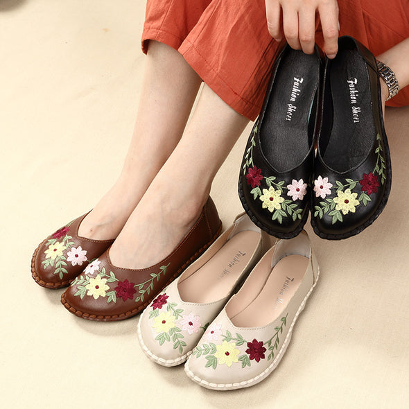 Spring Autumn New Embroidered Leather Flower Shoes