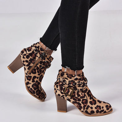 Round Toe Rivet Fashion Ankle Boots