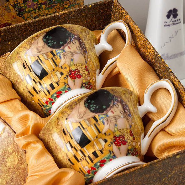Oil Painting Kiss Coffee Cup and Saucer Set