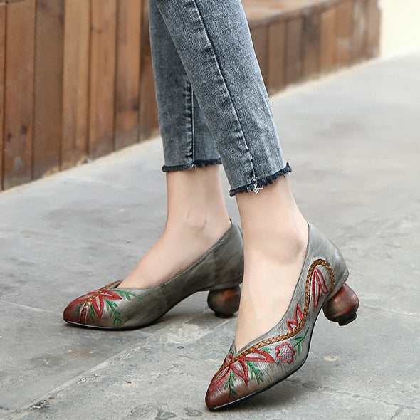 Vintage Embroidery Pointed Genuine Leather Women's Shoes