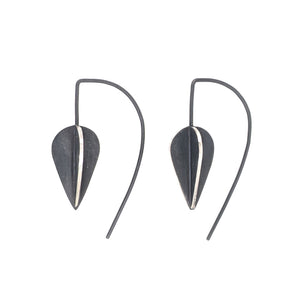 Pod hook earrings