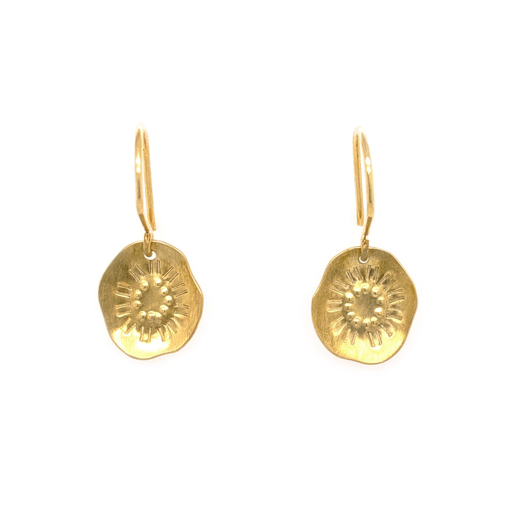 Reversal hook earrings, gold