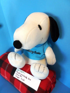 Peanuts Worldwide Snoopy Valley Fair 2010 Plush
