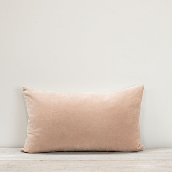 Misi Shell Velvet Cushion