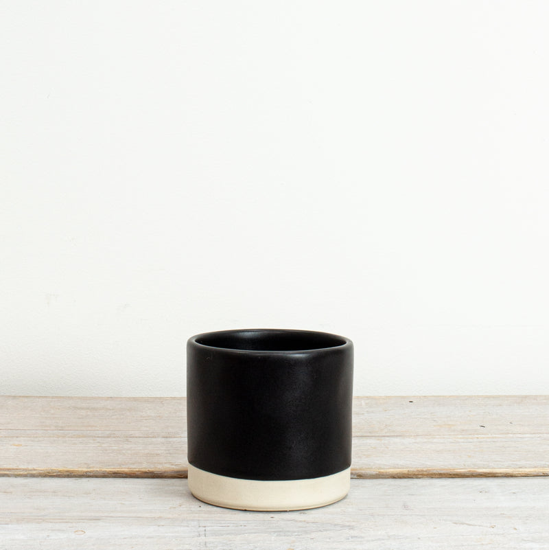 Tilli Small Pot Kuro