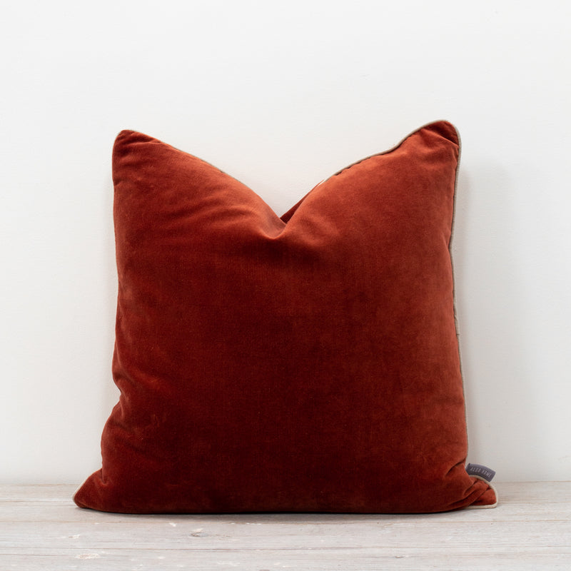 Unari Rust Velvet Cushion