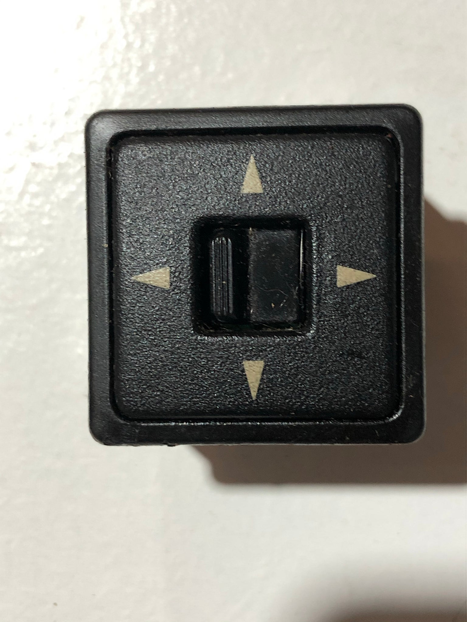 1990-2005 Mazda Miata Power Mirror Switch