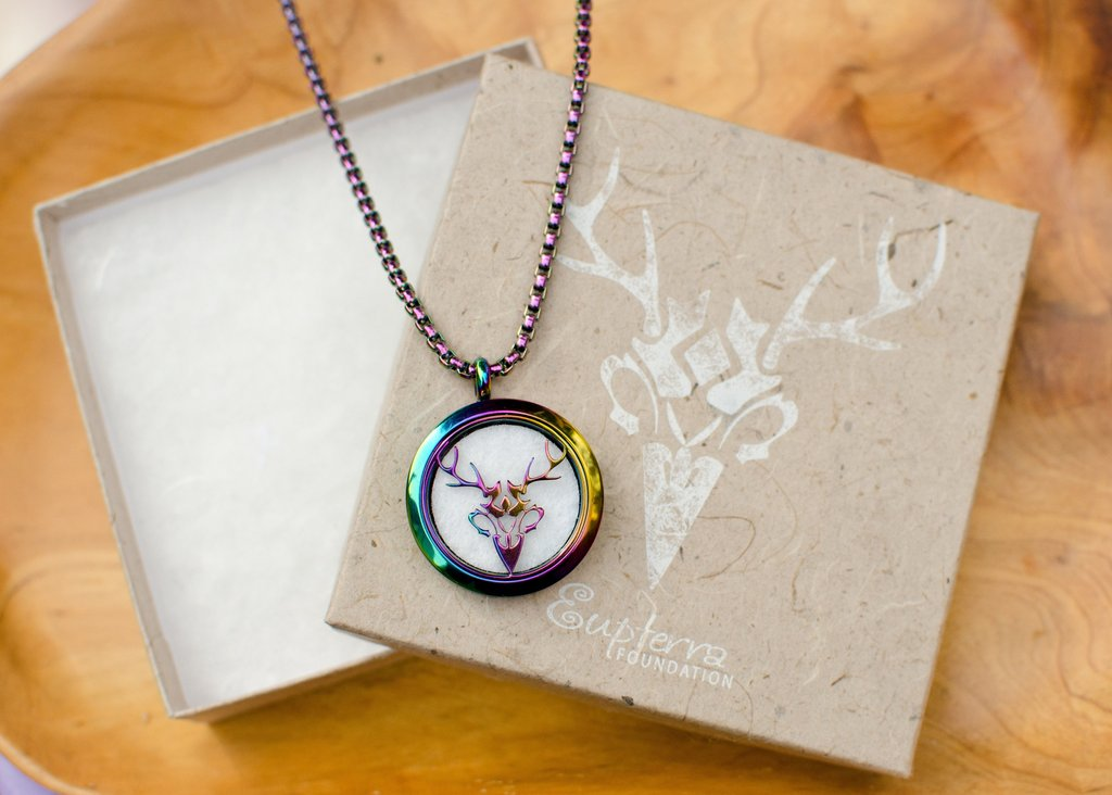 Hippogryph Stag Necklace Diffuser