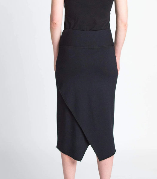 Duffield-Design-Quest-Skirt-Black-Detail