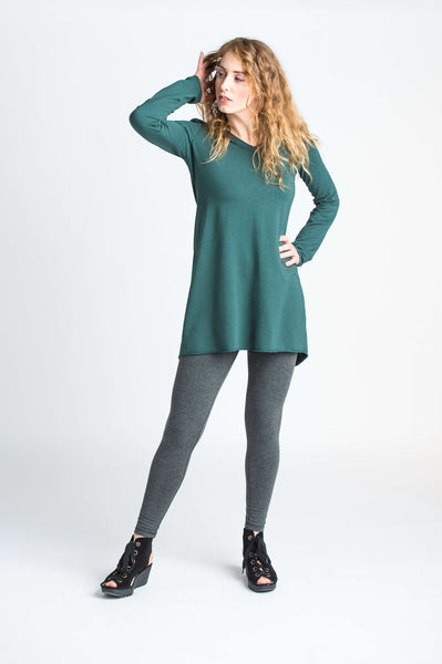 Duffield-Design-Seekers-Pine-Green-Tunic-Front-Detail