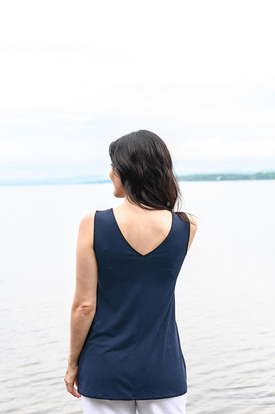 V-neck reversible tank top made from navy blue sustainable hemp fabrics.