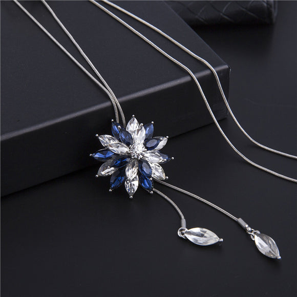 1PC Fashion Elegant Snowflake-shaped Pendant Long Women's Necklace Sweater Chain