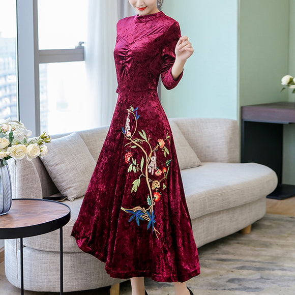 Autumn Velvet Elegance Embroidery Printing Long Sleeves Dress