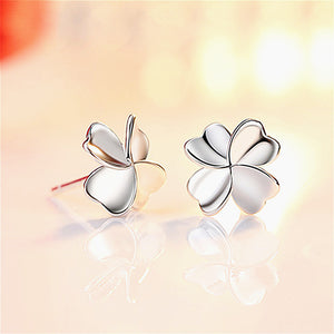 1 Pair Cute Four-leaf Clover Silver Simple Stud Earrings Fashion Accessories