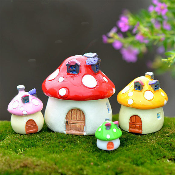 4pcs Mushroom House Color Random Castle Landscaping Moss Micro Landscape Ornaments