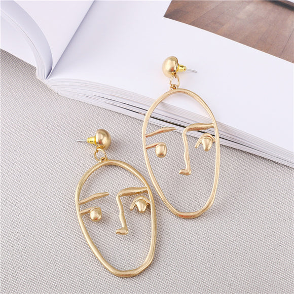1 Pair Simple Hollowed Face-shaped Pendant Alloy Women's Earrings