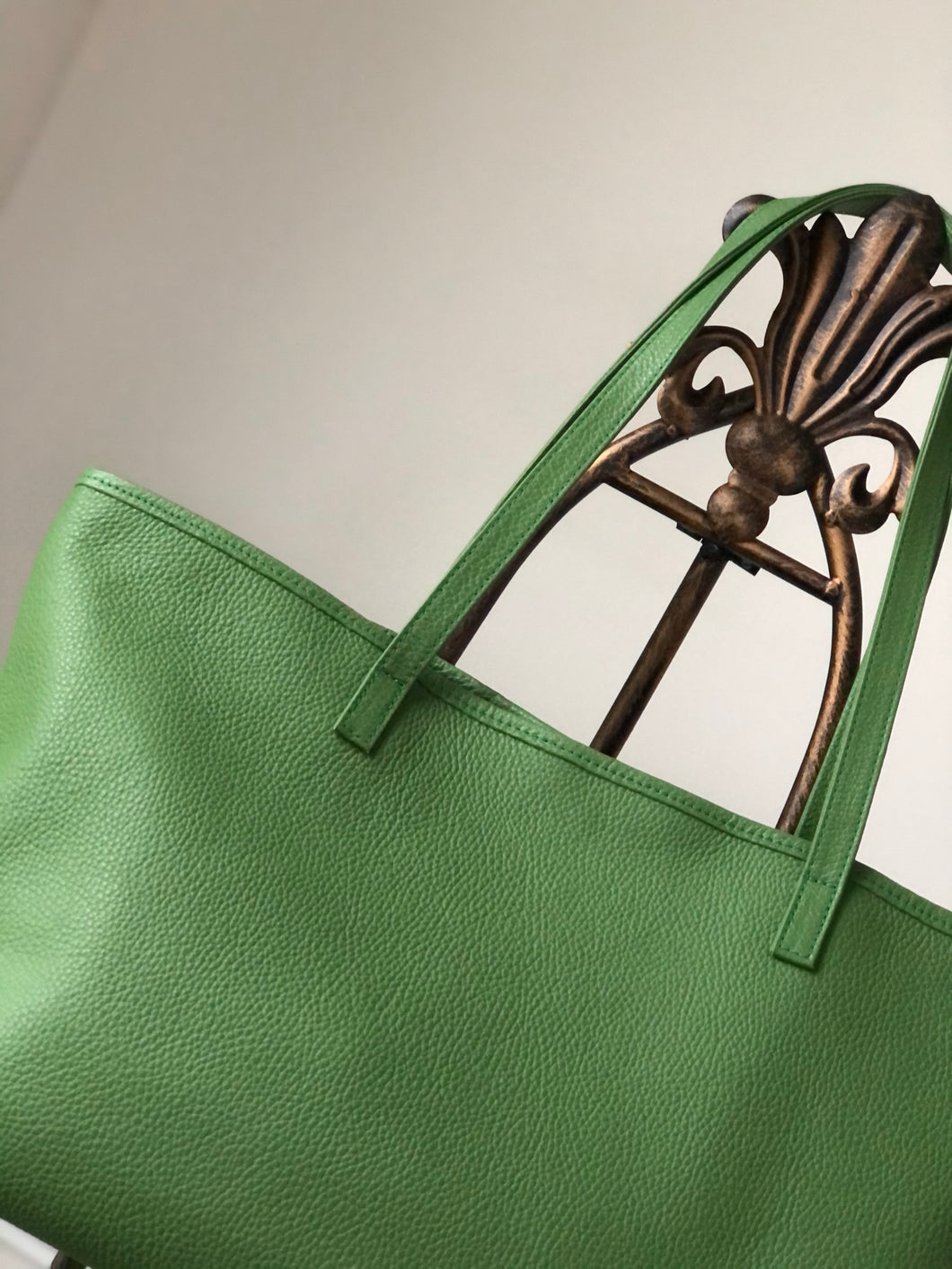 THERESA TOTE - GREEN - Linell Ellis