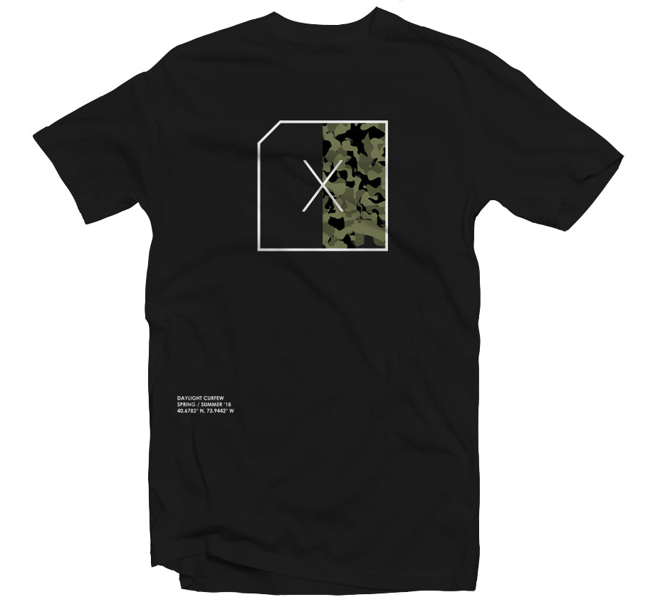 Split Camo T-shirt - (Black)