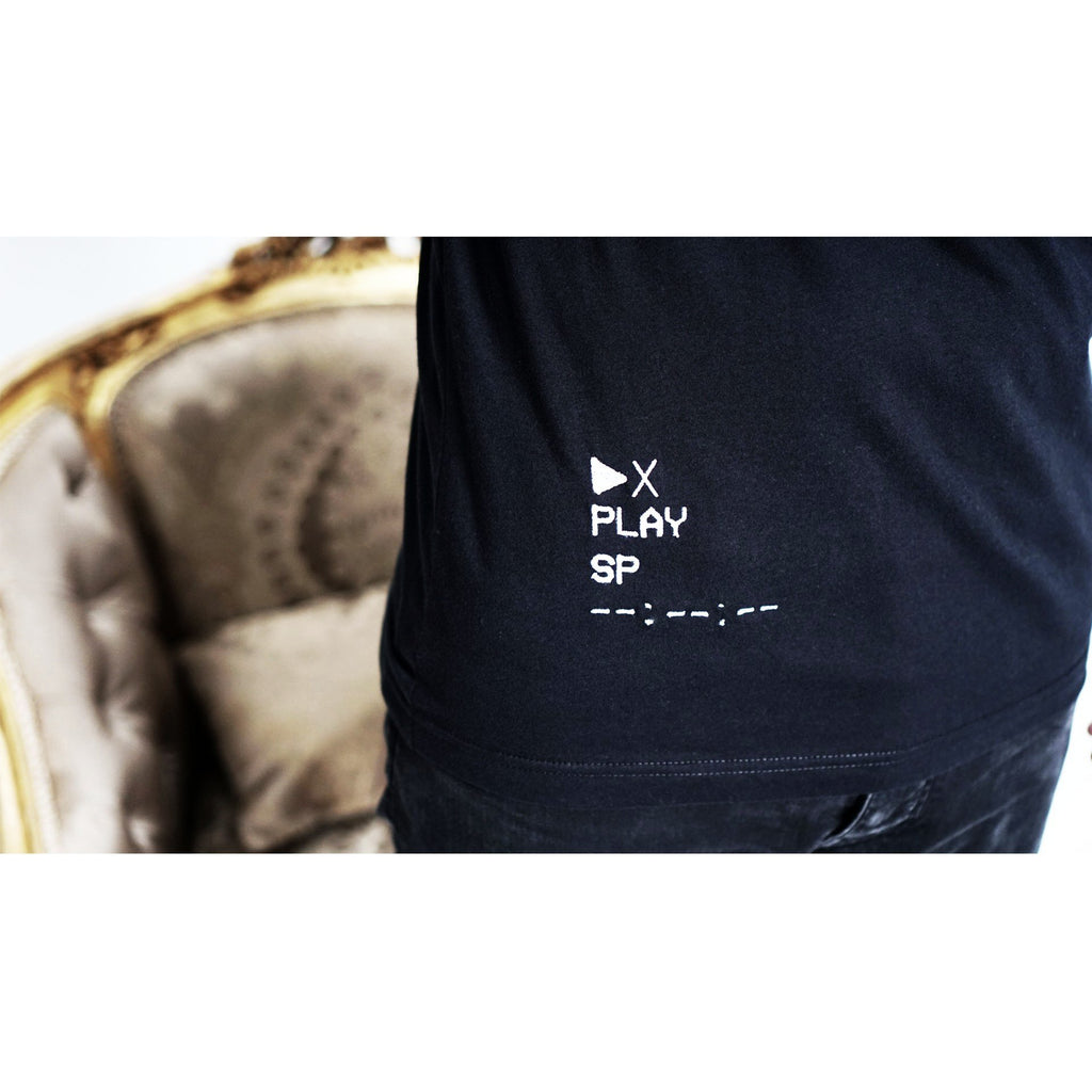 Play - Embroidered T-shirt