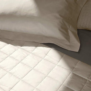 Sorriso Quilted Coverlet by Signoria Firenze - Maisonette Shop