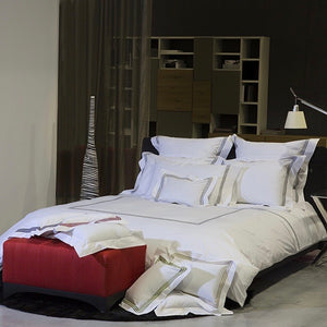 Platinum Percale Duvet Cover by Signoria Firenze
