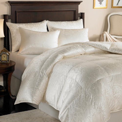 Eliasa 920 Fill Power White Goose Down Silk Comforter - Maisonette Shop