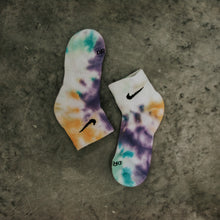 Load image into Gallery viewer, NIKE COLOR SPLASH SOCKS