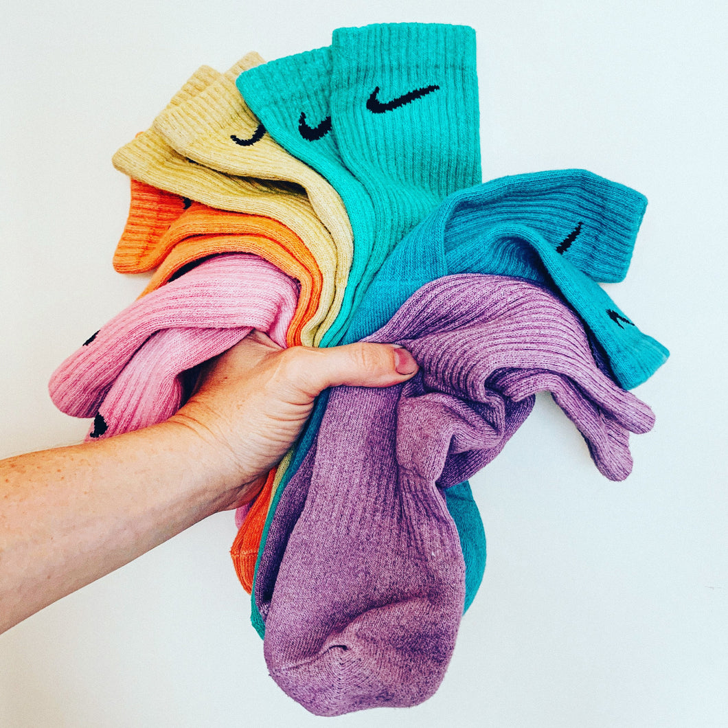 NIKE ONE COLOR WONDER SOCKS