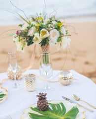 romantic beach table