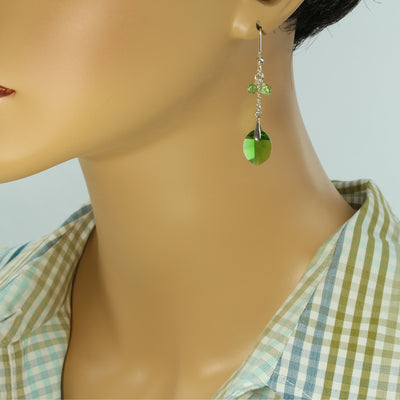 Faceted Leaf Earrings - Trendy - Leaf Earrings - Fern Green