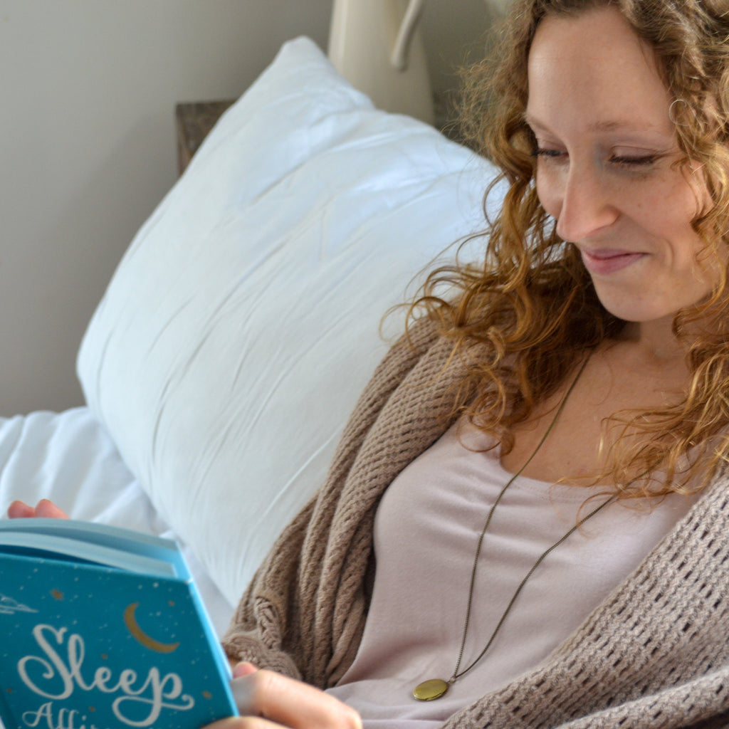 Sleep Affirmations: 200 Phrases for a Deep and Peaceful Sleep by Jennifer Williamson