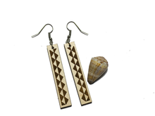 Load image into Gallery viewer, Mauna Earrings