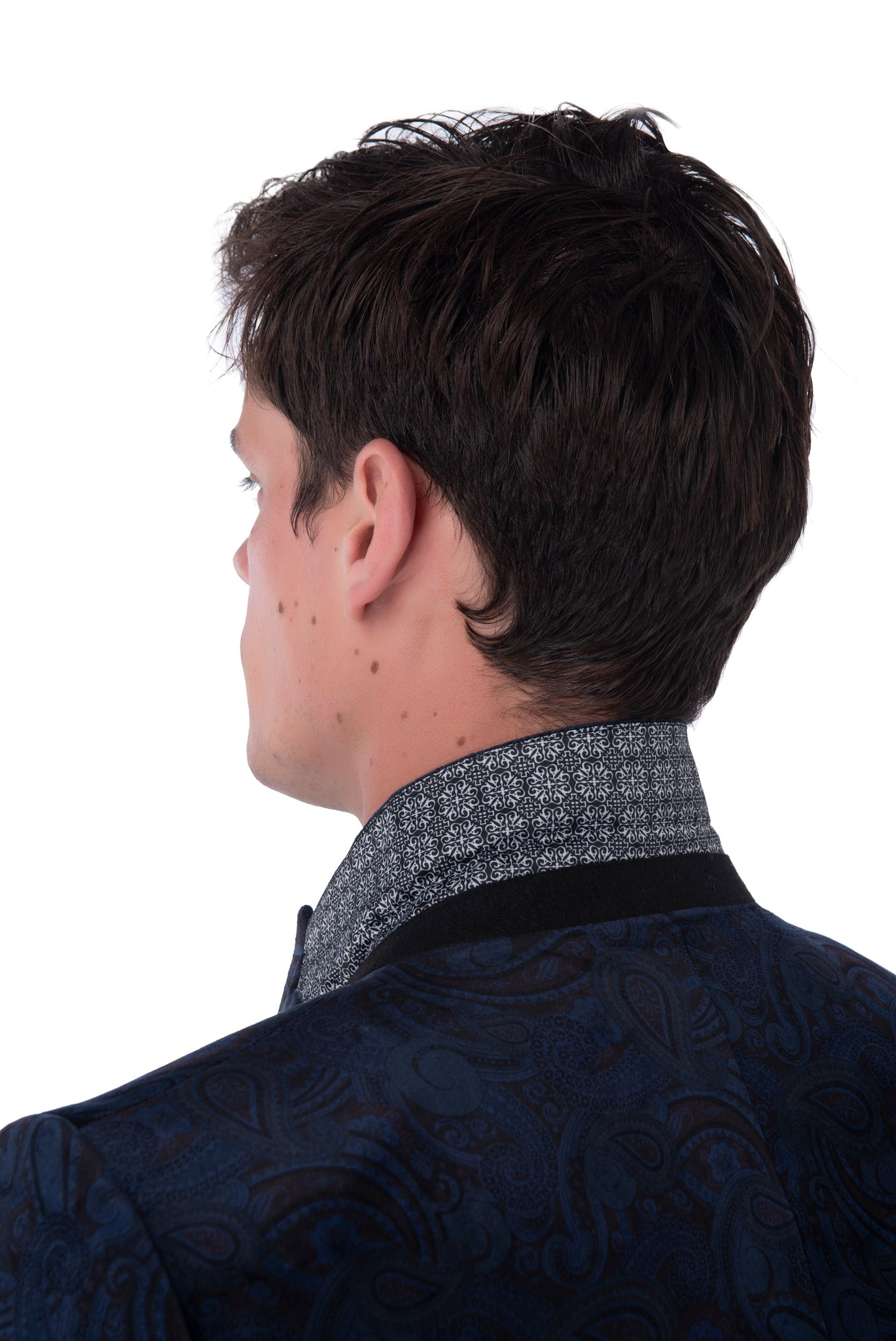 Collar Detail of Logan Velvet Blazer