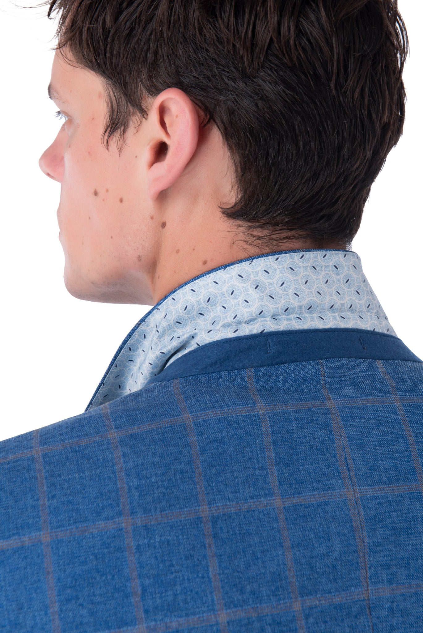 Collar of WILLIAM Blue Check Double Breasted Suit