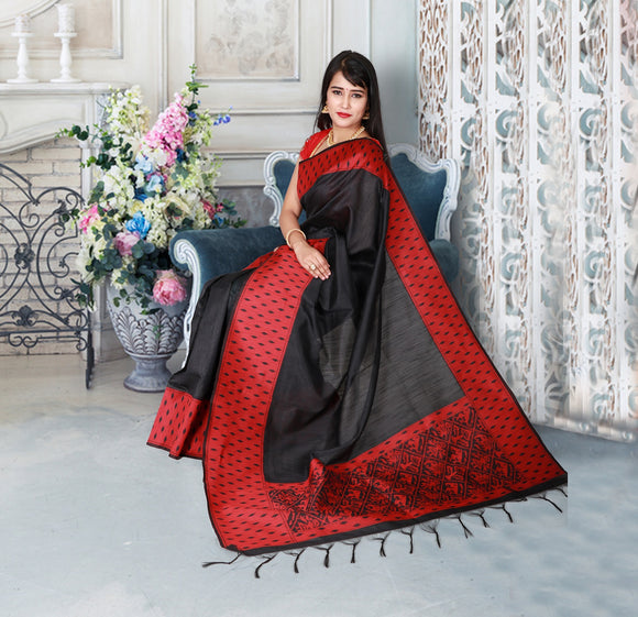 Black colour handloom saree with red border and pallu