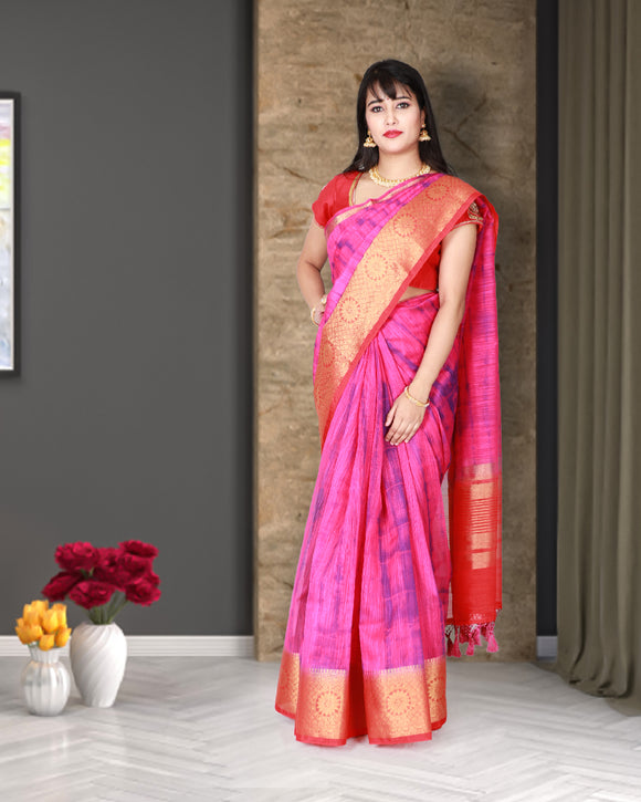 Pink colour linen saree with kanchi border