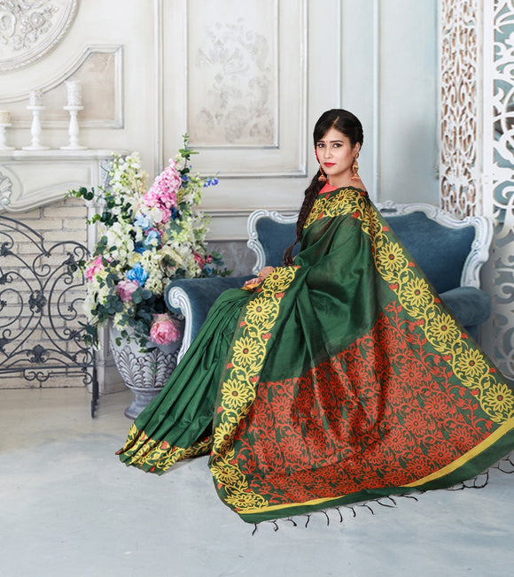 Green handloom saree with floral kalanjali style border and pallu