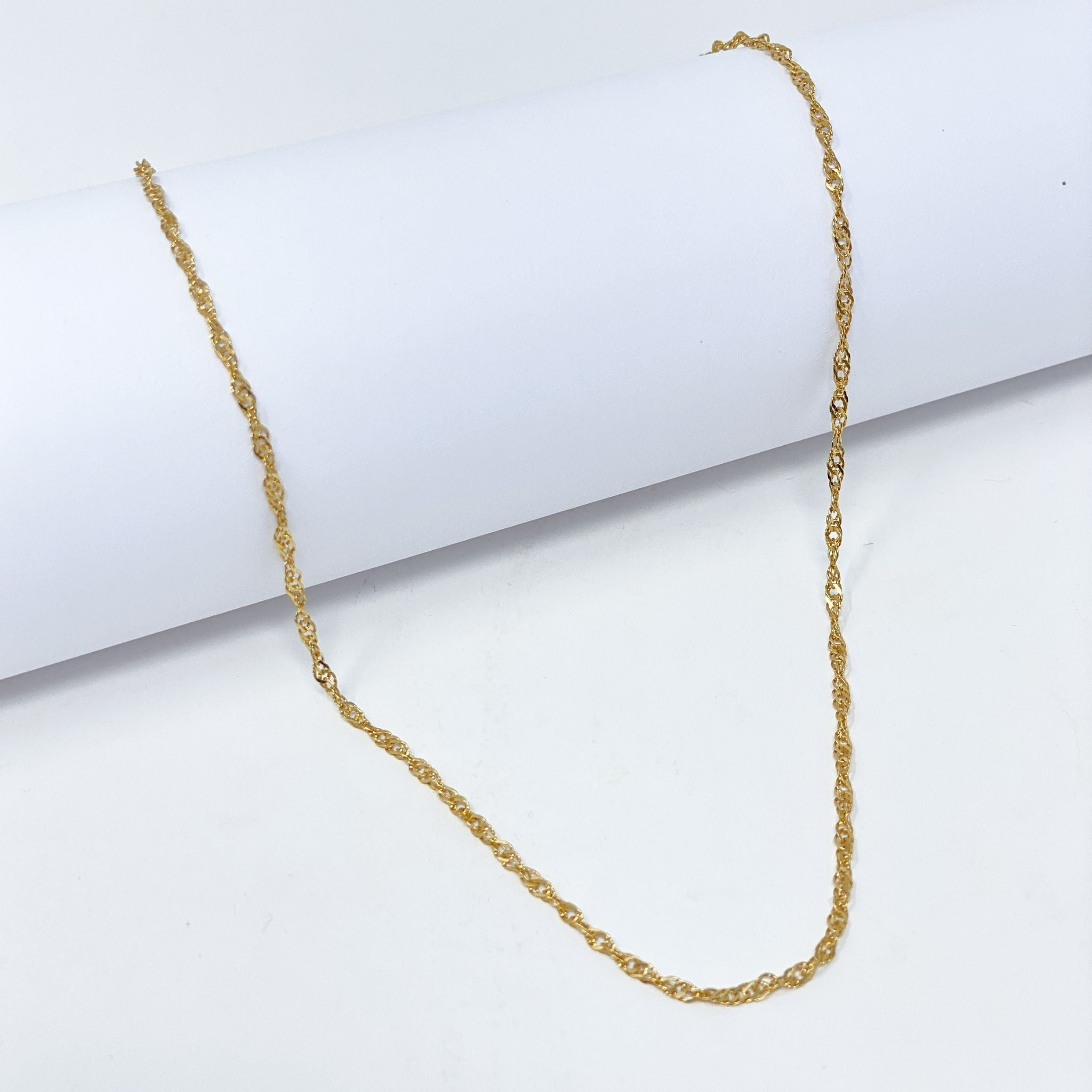 Interlace Chain Necklace