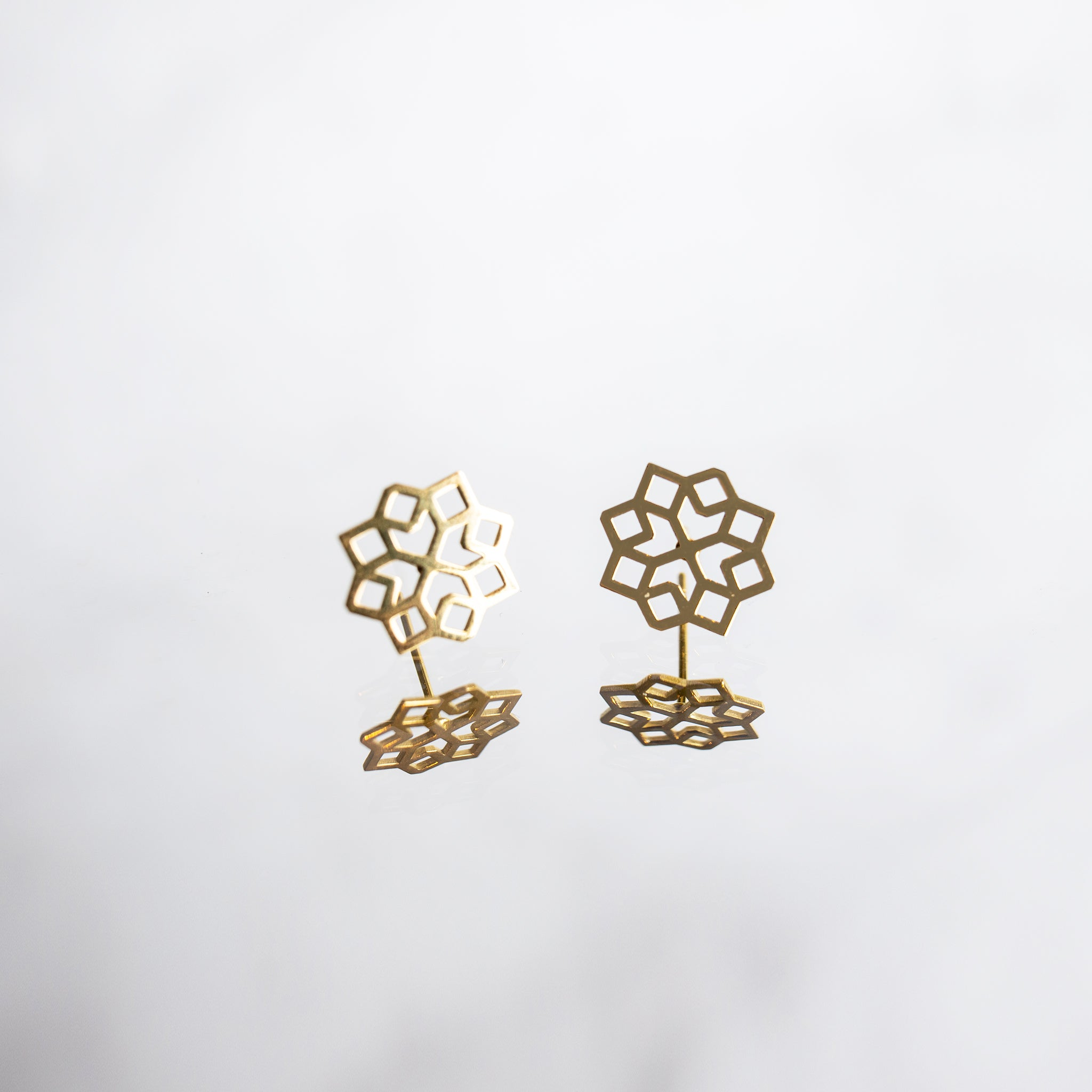 MillieJewelry  - Millié Jewelry - Granada Mini Earrings - Aretes - Diseño Mexicano - Hecho en México